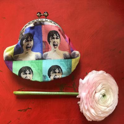 portamonete-LeT-Bags-donna-pop-art--stoffa-pelle-artigianato-femminile-handmade-crazy-art-torino