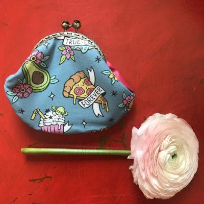 portamonete-LeT-Bags-pizza-stoffa-pelle-artigianato-femminile-handmade-crazy-art-torino