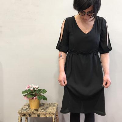 abito-pretoria-nero-pepe-rosa-collezione-SS19-abbigliamento-donna-Crazy-Art-Torino