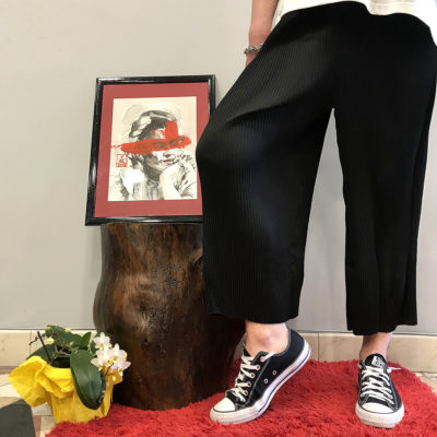 pantalone-nero-surkana-collezione-SS19-abbigliamento-donna-Crazy-Art-Torino