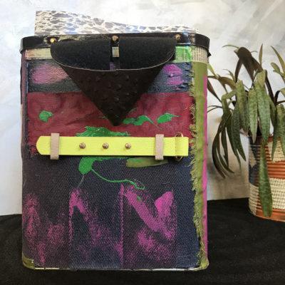 porta-riviste-cintura-oggettistica-articoli-regalo-handmade-artigianato-crazy-art-torino