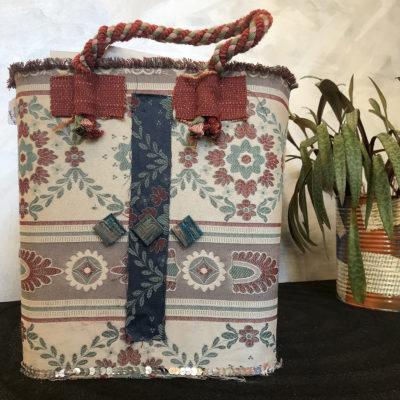 porta-riviste-tessuto-arredamento-oggettistica-articoli-regalo-handmade-artigianato-crazy-art-torino