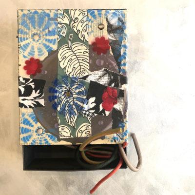 scatola-porta-oggetti-foglie-intera-oggettistica-articoli-regalo-handmade-artigianato-crazy-art-torino
