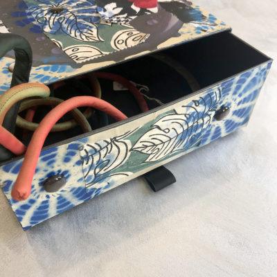 scatola-porta-oggetti-foglie-particolare-oggettistica-articoli-regalo-handmade-artigianato-crazy-art-torino