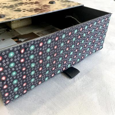 scatola-porta-oggetti-nera-numeri-particolare-oggettistica-articoli-regalo-handmade-artigianato-crazy-art-torino