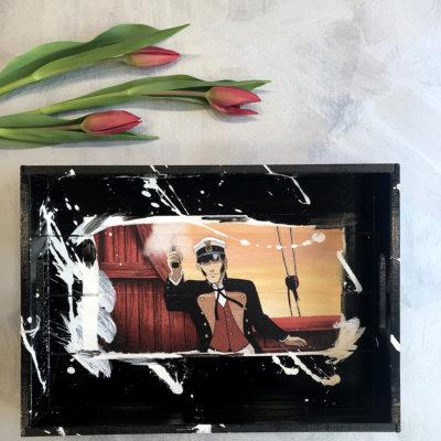 vassoio-nero-corto-maltese-intero-oggettistica-articoli-regalo-handmade-artigianato-crazy-art-torino